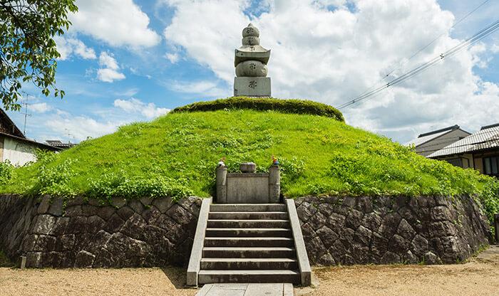 The Mimizuka Ear Tomb in Kyoto