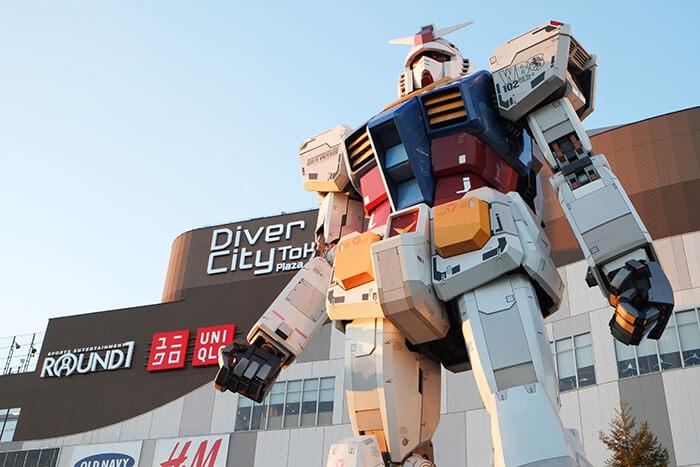 Gundam robot in Odaiba