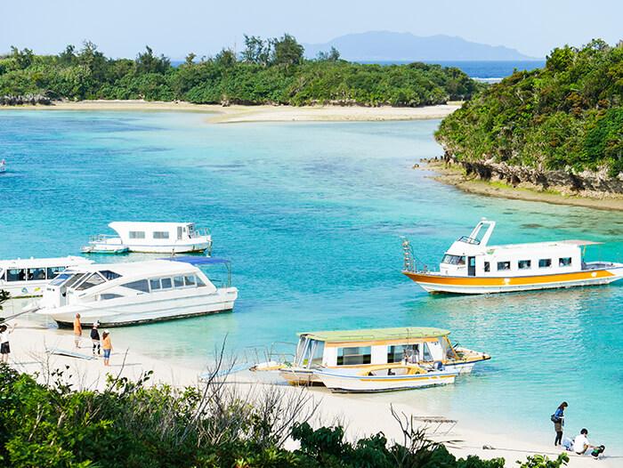 Glass Boats at Kabira Bay