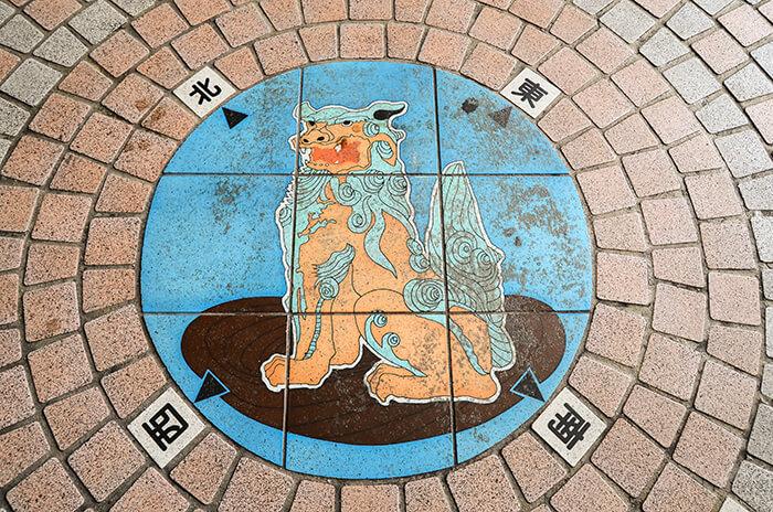guardian lion at Tsuboya Yachimun Street