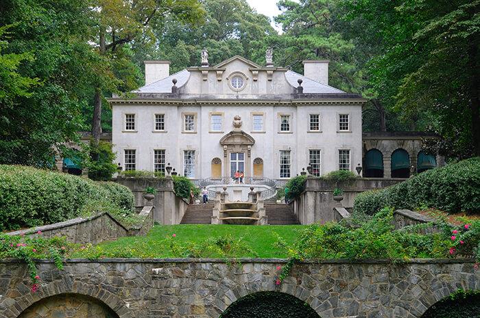 Swan House