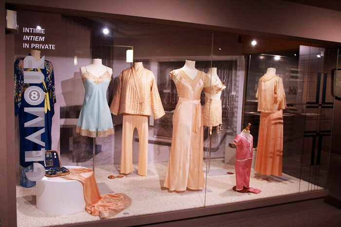 Fashion & Lace Museum