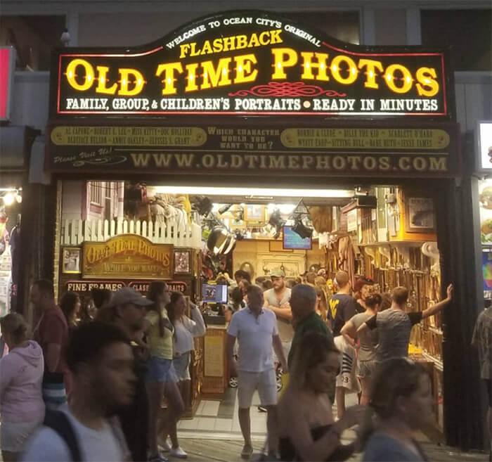 Flashback Old Time Photos
