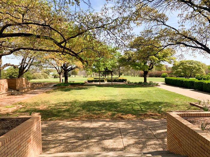 Lubbock Municipal Garden and Arts Center