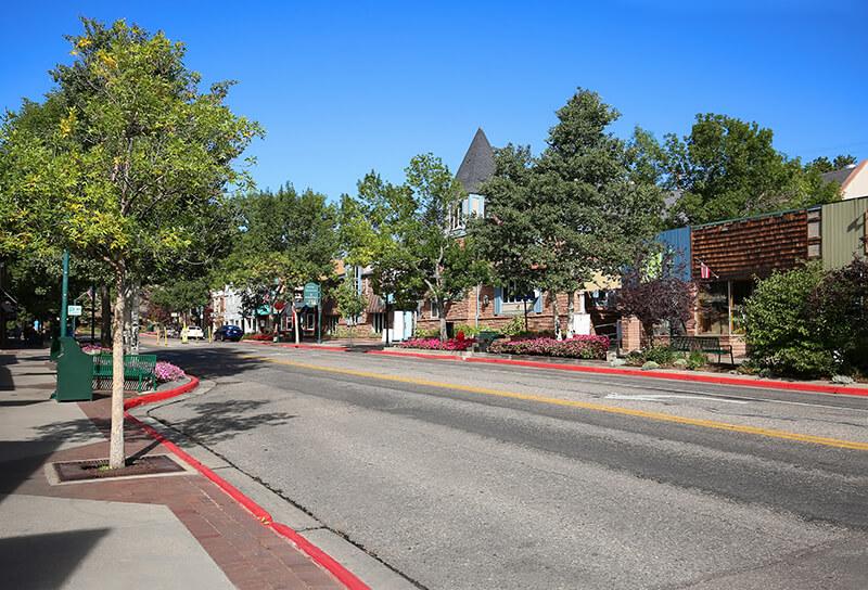 Elkhorn Avenue and Moraine Avenue