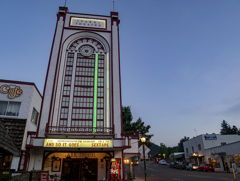 Historic Park Theater and Cafe